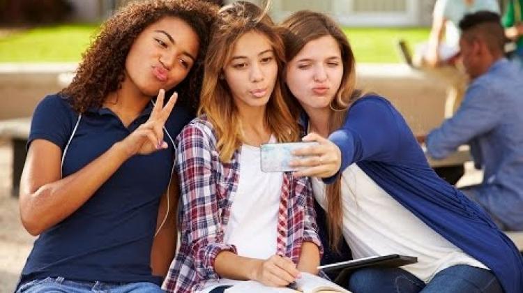 Le réseau des parents : les médias sociaux et vos enfants – Les éléments fondamentaux
